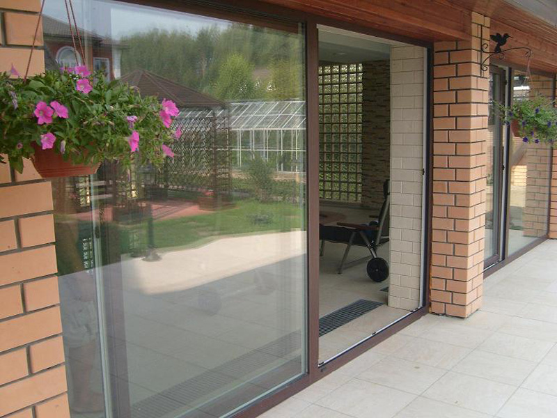 Раздвижные двери для балкона фото 2.