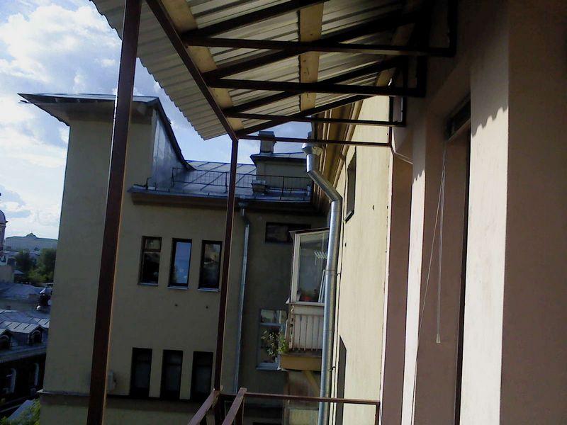 Остекление балконов,выносные рамы, нестандартные конструкции Фото №10